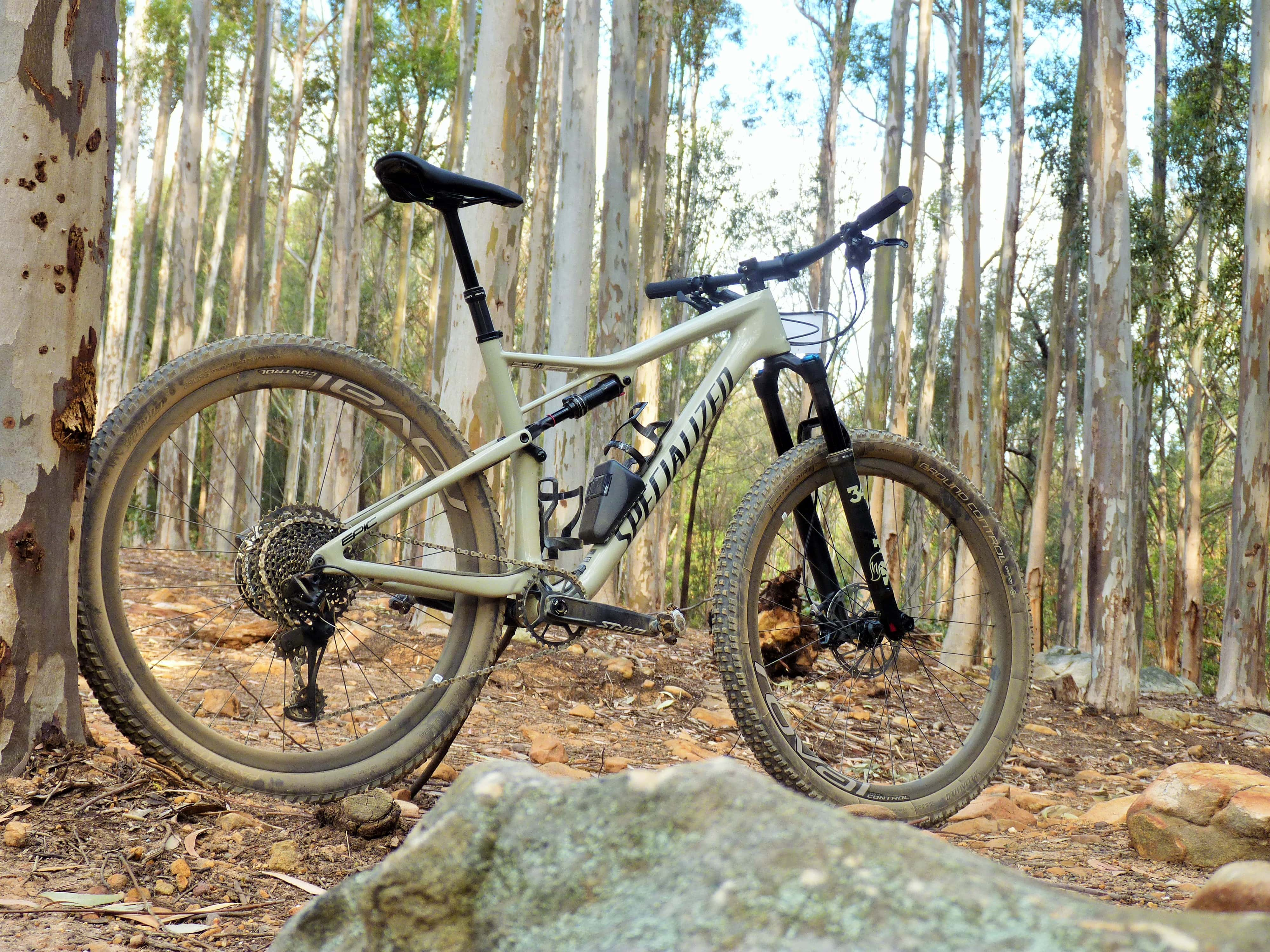 846753a5ea8 2019 Specialized Epic Expert EVO Review – The Beast in the Belly ...