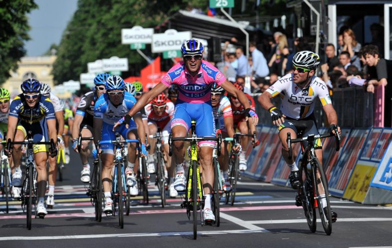 ALESSANDRO PETACCHI WINS STAGE TWO OF THE 2011 GIRO D'ITALIA